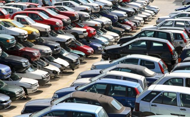 自動車の耐用年数は何年?修理コストとの関係性や目安を解説! みんなの廃車情報ナビ